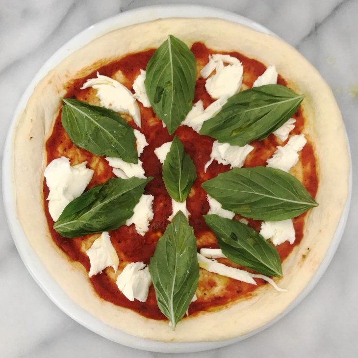 Homemade Margherita Pizza Recipe | BeccaRisaLuna.com
