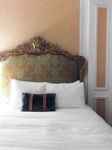 Venetian Bed in Las Vegas